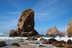 Felsen bei Praia da Ursa von Nynke Altenburg