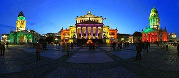 Berlin Gendarmenmarkt - Panorama tourné sous un éclairage particulier