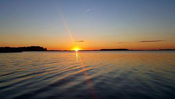 Zonsondergang bij het veluwemeer  van Aalt Hofman