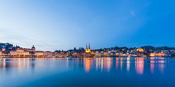Luzern bei Nacht von Werner Dieterich