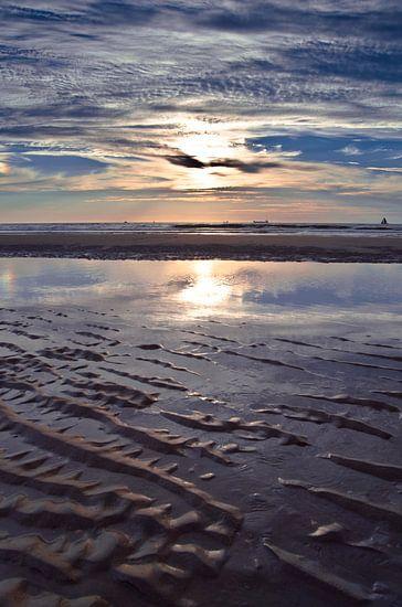 Reflectie in het zeewater
