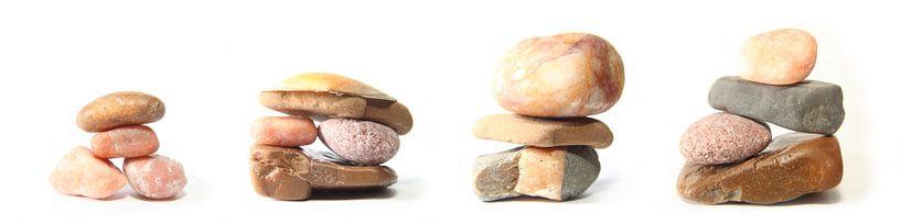 Pebbles, drieluik in vier delen van Wim Zoeteman