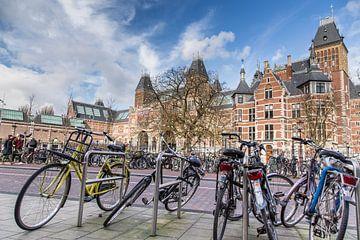 de fietsen van het Rijksmuseum  van Peter van Rooij