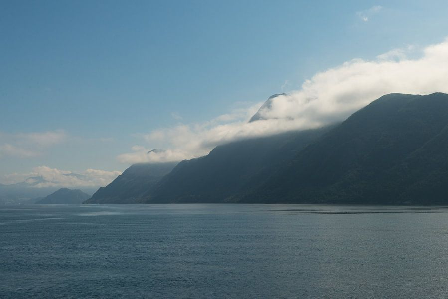 in de wolken in Noorwegen