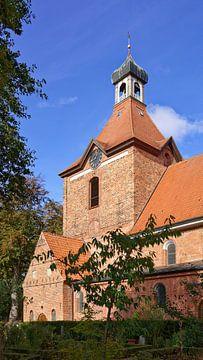 St.-Johannis-Kirche in Oldenburg in Ostholstein von Gisela Scheffbuch