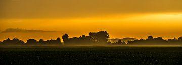 sunset in woudrichem van Alex van Doorn