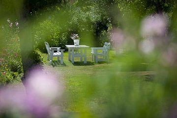 Heerlijk plekje in de tuin van Arthur van Iterson