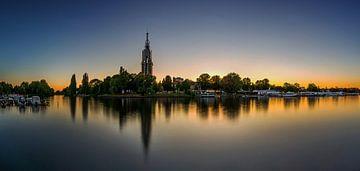 Potsdam Skyline an der Havel im Sonnenuntergang