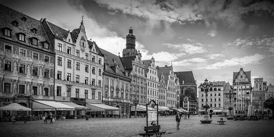 WROCLAW Market Square and tenement houses | panorama monochrome