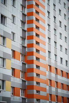 Plattenbau in der Innenstadt von Magdeburg von Heiko Kueverling