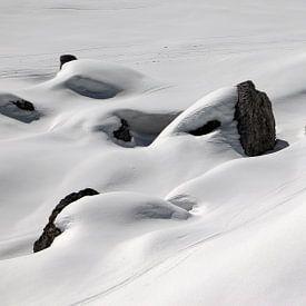 Skisporen in de sneeuw - Sextener Dolomieten - Südtirol - Italië von Felina Photography