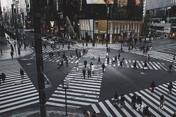 Croisement de Ginza - Tokyo, Japon sur Angelique van Esch