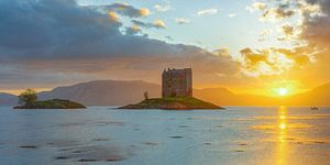 Le harceleur de château en Écosse sur Michael Valjak