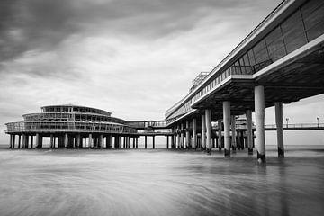 Scheveningse Pier I von Leo van Valkenburg