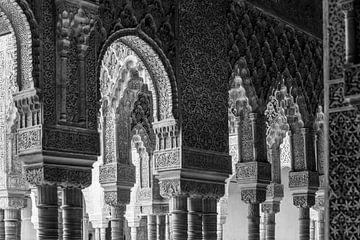 Bogen in het Alhambra (zwartwit)  van Jack Koning