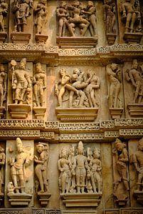 detail van kamasutra tempel india van Karel Ham