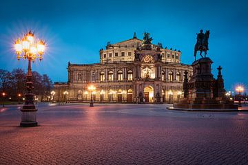 Semper Opera in Dresden van Martin Wasilewski