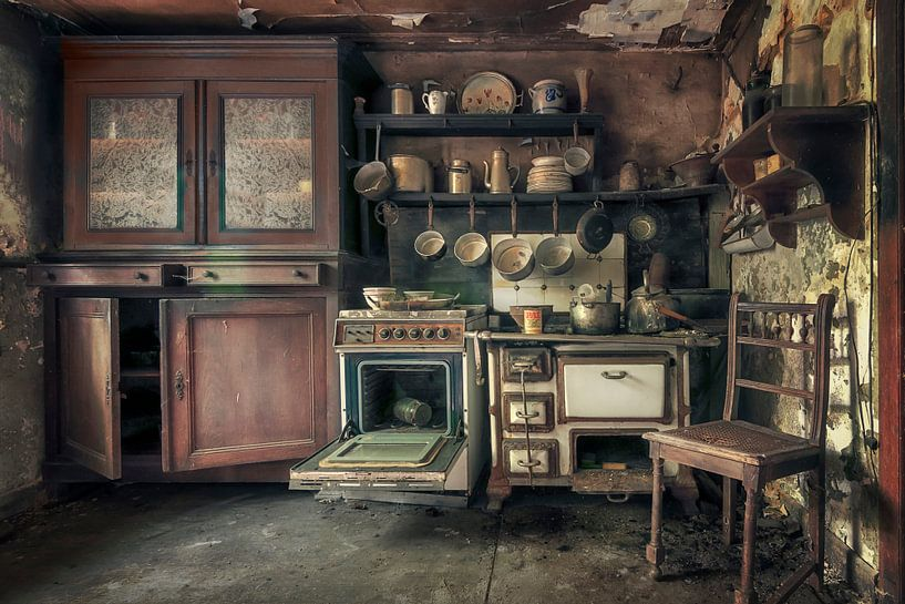 Verlassene Großmutters Küchen von Frans Nijland
