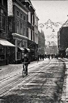 Sneeuw in Groningen van Fons Bitter