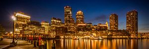 BOSTON Fan Pier Park En Skyline bij nacht | Panorama