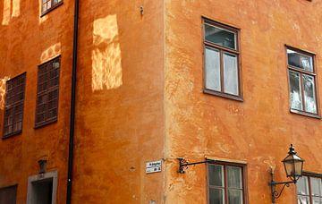 Schaduwspel in Gamla Stan, Stockholm van Julia Wezenaar