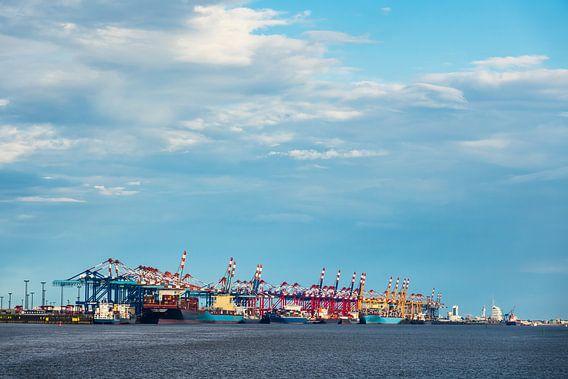 Blick auf den Hafen der Stadt Bremerhaven