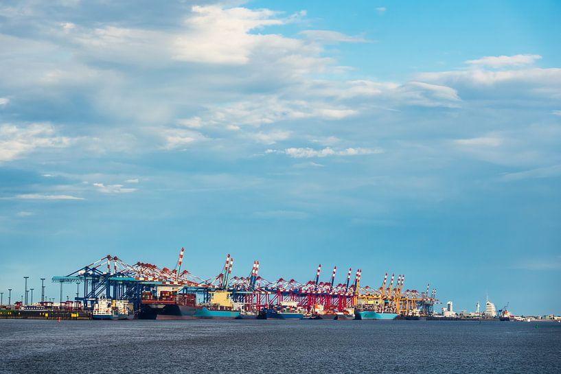 Blick auf den Hafen der Stadt Bremerhaven von Rico Ködder