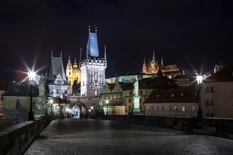 Sur le pont Charles à Prague sur Frank Herrmann