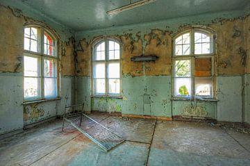 Inside Beelitz Heilstätten, Berlin. sur Edward Boer