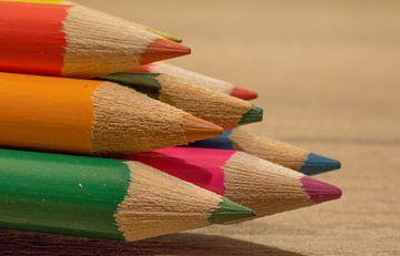 kleurpotloden  van Michel Knikker