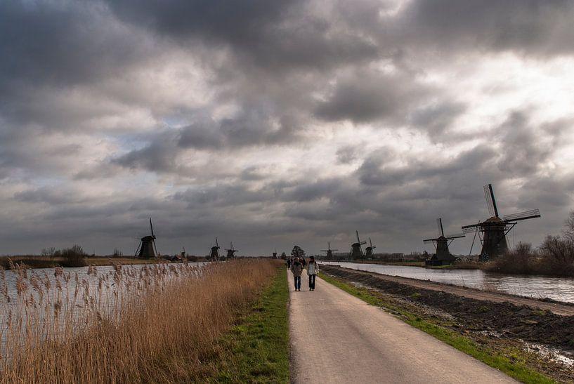 Wolken over Kinderdijk van Edwin van Amstel