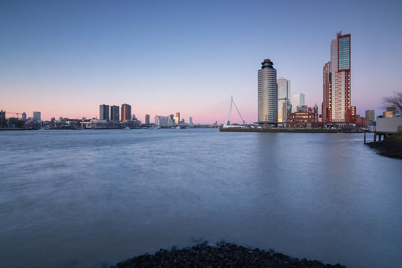 Cold sunset in Rotterdam van Ilya Korzelius
