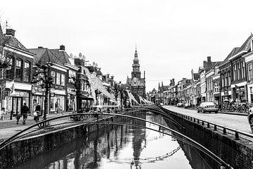 Gracht van Bolsward, friese elfstedenstad van Willy Sybesma