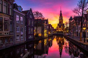 Waagtoren in Alkmaar bij zonsondergang