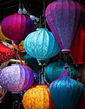 Bunte Laternen in Hoi An, Vietnam von Rietje Bulthuis