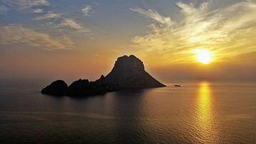 Zonsondergang, Es Vedra, Ibiza van Danielle Bosschaart