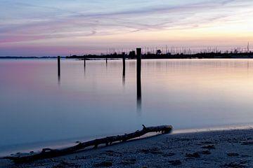 Haven tijdens zonsondergang van Miranda van Hulst