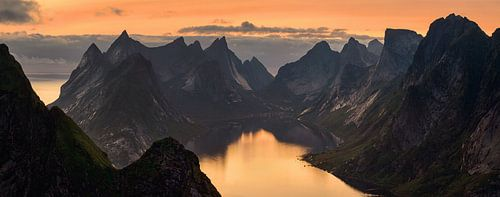 Kjerkfjorden sunset panorama van Wojciech Kruczynski