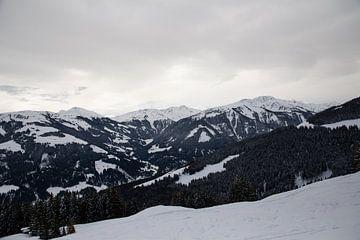 sneeuw landschap oostenrijk van Marjolein Hulst