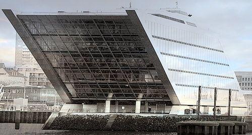 Kontorhaus Dockland in Hamburg van