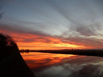 zonsondergang langs de Gouwe van bert jorritsma