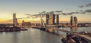 Rotterdam bij ochtendgloren
