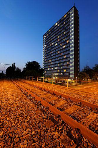 IBB hoogbouwflat aan de Ina Boudier-Bakkerlaan in Utrecht van Donker Utrecht