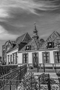 Huizen in het plaatsje Blokzijl in Overijssel van Harrie Muis