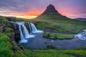 Kirkjufell en Kirkjufellsfoss, IJsland