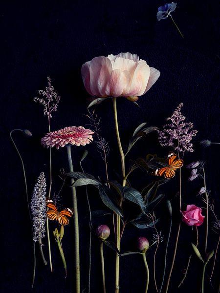 Blumenporträt (Pfingstrose) von Ineke VJ