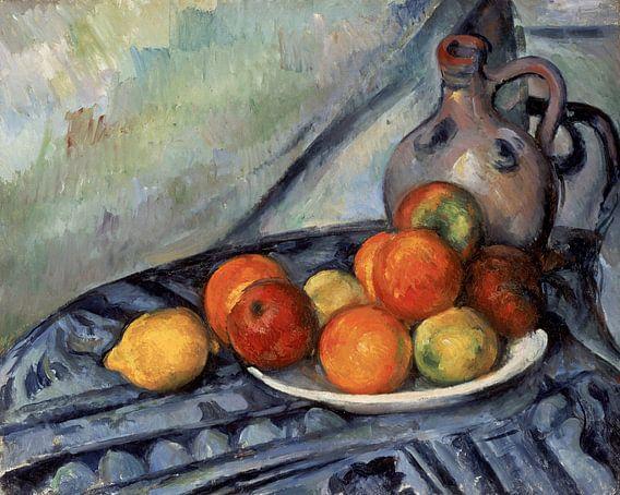 Paul Cézanne - Fruit en een kruik op een tafel