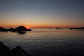 Zonsondergang vanaf Stø, Noorwegen van Marco Lodder
