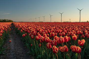 Ein Tulpenfeld in Nordholland mit modernen Windturbinen im Hintergrund von Anges van der Logt