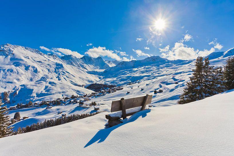 Verse sneeuw in Arosa van Werner Dieterich